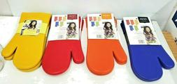 NEW Rachel Ray Kitchen Silicone Oven Mitt Set of TWO Protect
